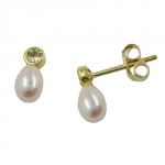 Stud earrings, zirconia green colored, freshwater pearl, 9K GOLD